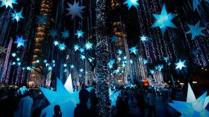 Holiday-light-display-in-Makati-City-Manila-Luzon-Island-Philippines-20121222[1]