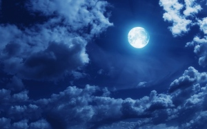 clouds-full-moon[1]